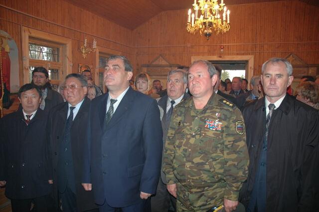 Вячеслав Штыров и Егор Борисов в храме