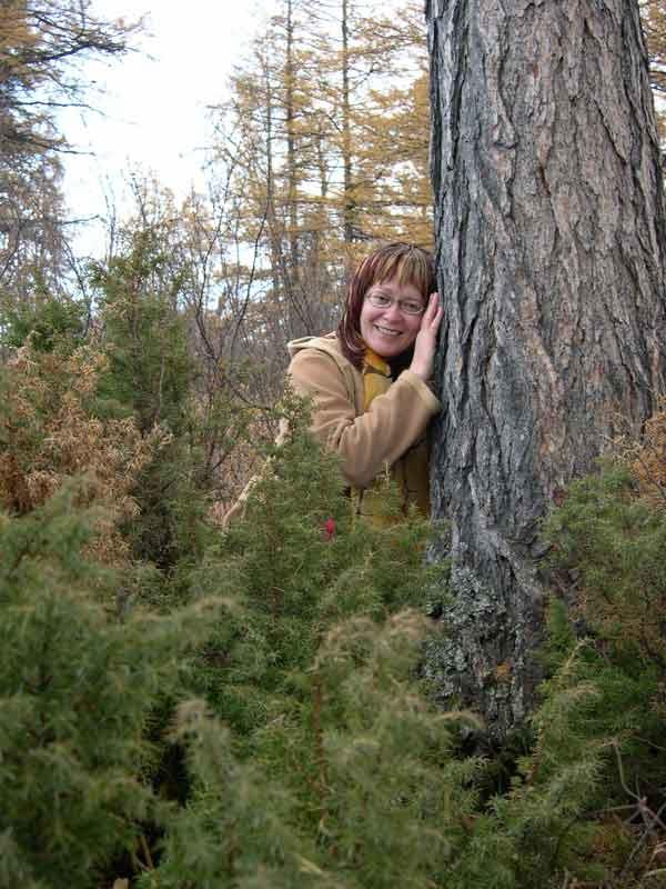 Ирина Галкина в лесу