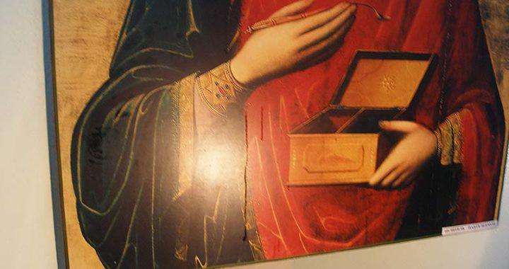 Мироточение иконы св. Пантелеимона