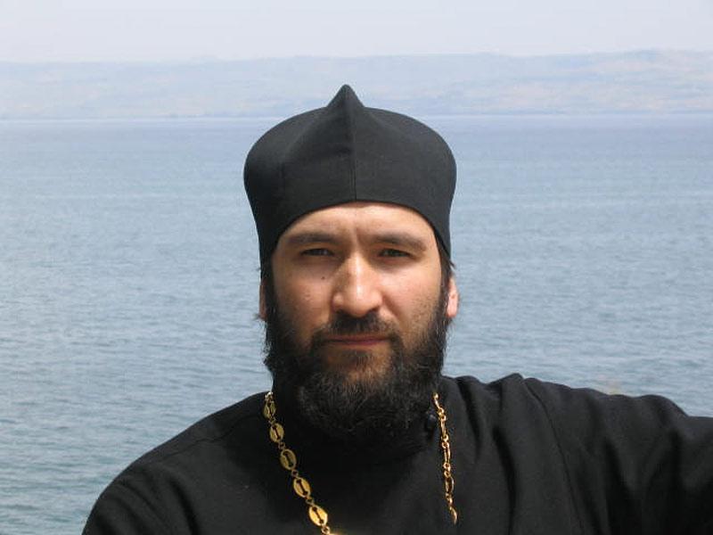 Священник Никольского храма г. Якутска Михаил ПАВЛОВ