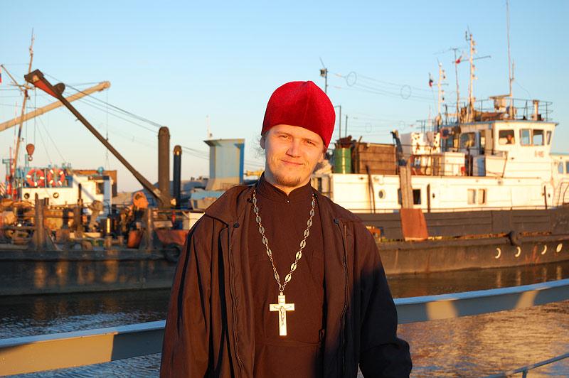 настоятель градоякутского Преображенского кафедрального собора священник Сергий КЛИНЦОВ