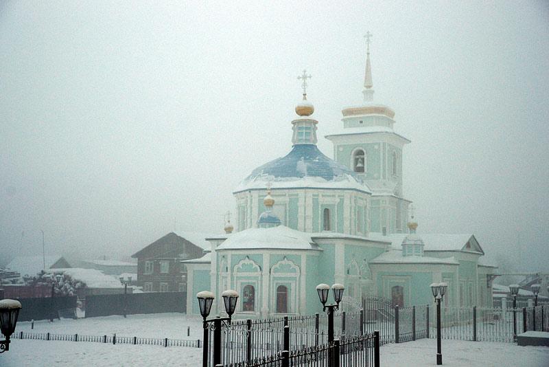 Градоякутский Богородицкий храм зимой
