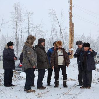 33_2014_16_na-stroitel-stve-le-p-v-centre-s-iu-nemirovskii-sleva-ot-nego-k-k-ilkovskij