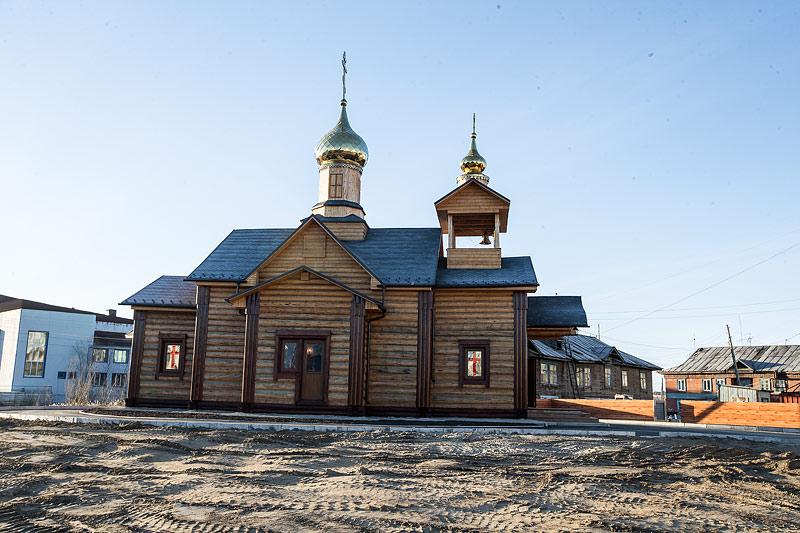 Храм во имя вмч. Георгия Победоносца в п. Жатай. Фото Юлии Маковейчук