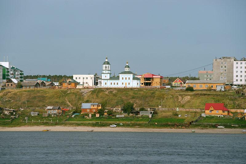Покровский храм в г. Покровске. Фото протоиерея Сергия Клинцова