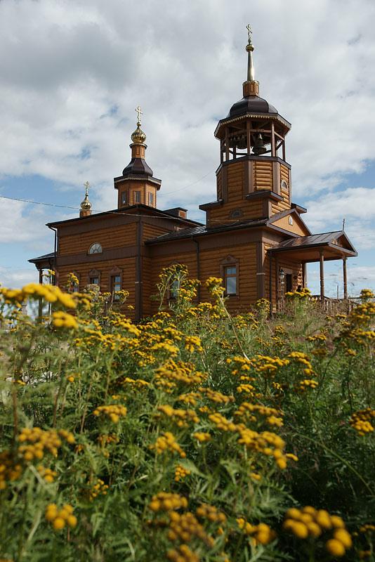 Николаевский храм в Жиганске