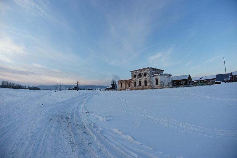 Здание Нерюктяйской Иоанно-Предтеченской церкви сегодня. Фото протоиерея Сергия Клинцова