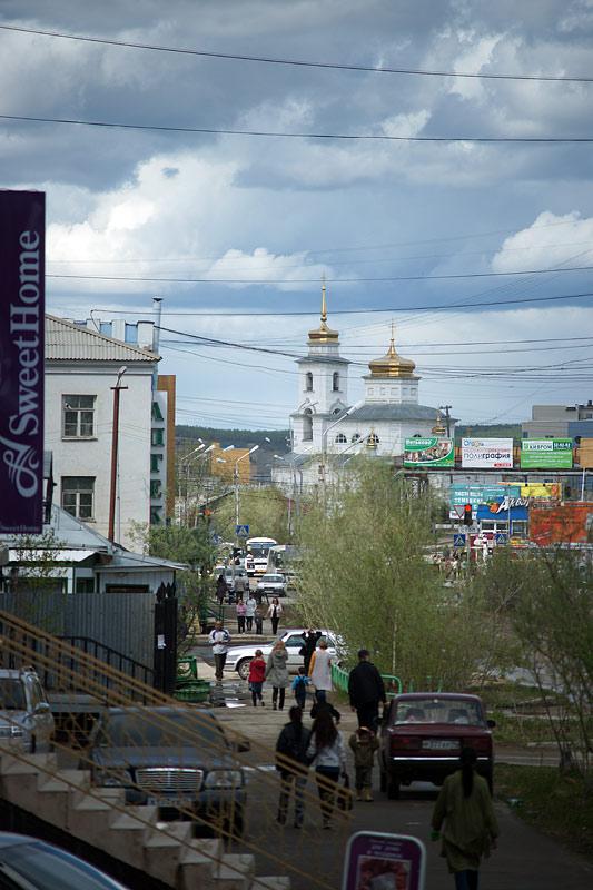 Вид на Никольский храм с Октябрьской ул. г. Якутска