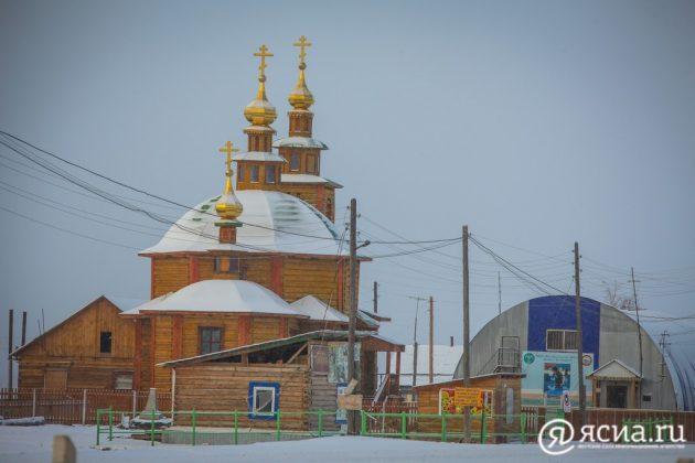 Храм во имя прп. Михаила Малеина в с. Булгунняхтах