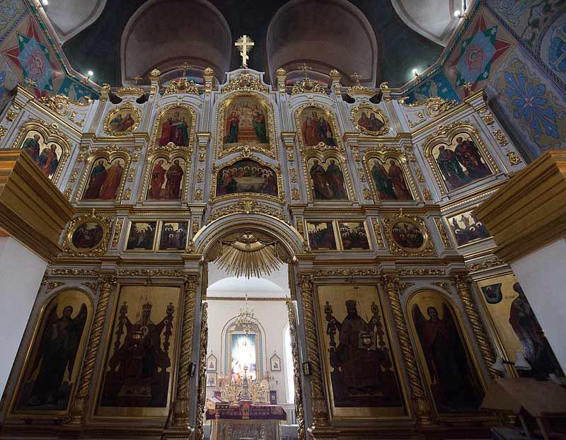 Иконостас Никольского храма г. Якутска. Фото протоиерея Сергия Клинцова