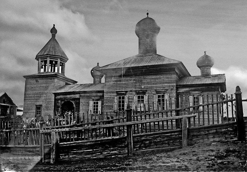 Иннокентиевский храм в с. Нюйском.