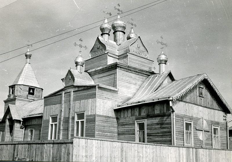 Градоякутская Никольская (ныне Покровская) церковь по ул. Ушакова