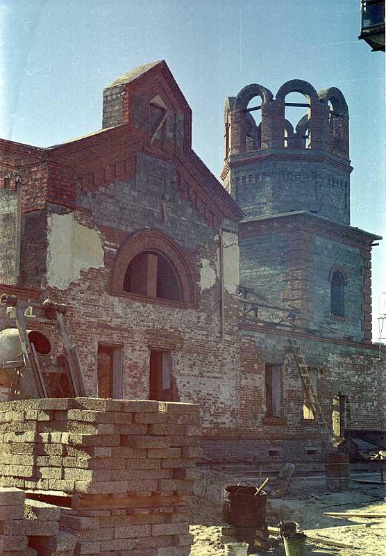 Восстановление разрушенного градоякутского Преображенского храма 2000 г.