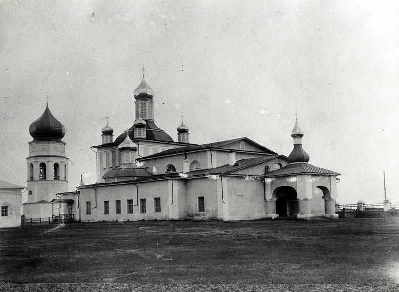 Вид-комплекса-троицкого-каф-собора