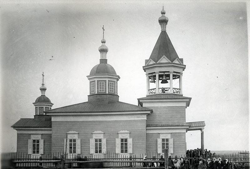 Храм во имя свт. Николая в с. Кыллах