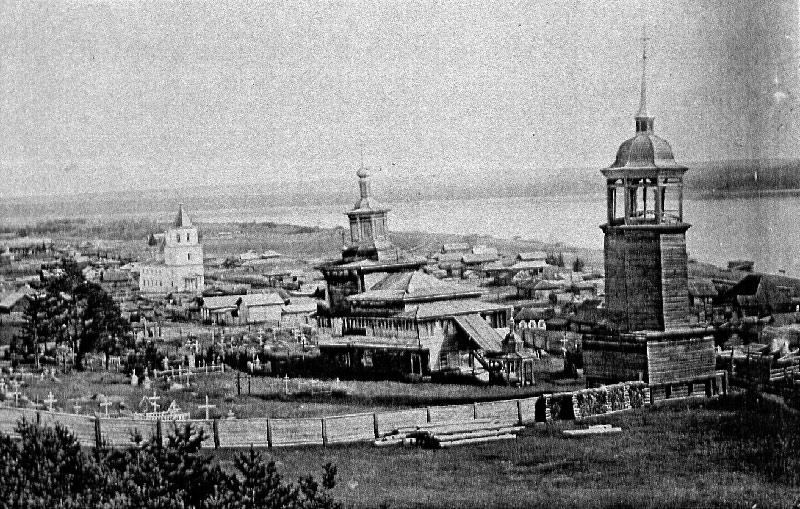 Деревянная Спасская церковь в Олёкминске в начале ХХ века